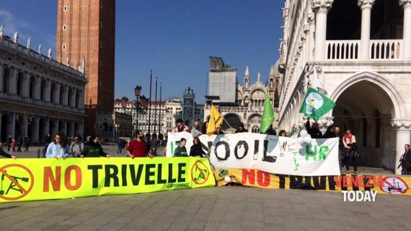 Trivelle croate nel mar Adriatico: sit in di protesta a Venezia