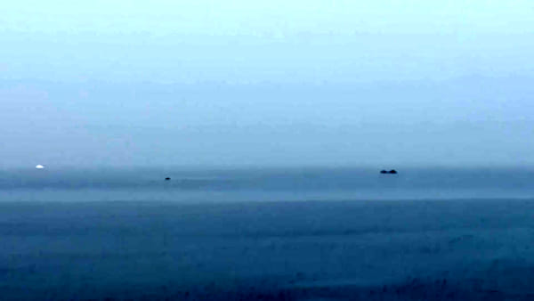 Posizionamento della bomba sotto acqua prima dell'esplosione VIDEO
