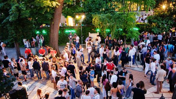 Arte e aperitivi, torna l'appuntamento con HappySpritz@Guggenheim a Venezia