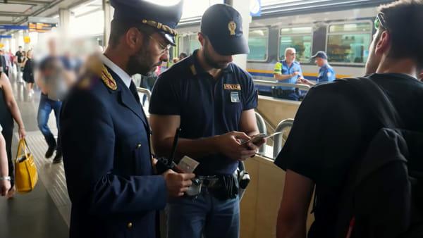 Una denuncia e un Daspo alla stazione, il video delle operazioni di polizia