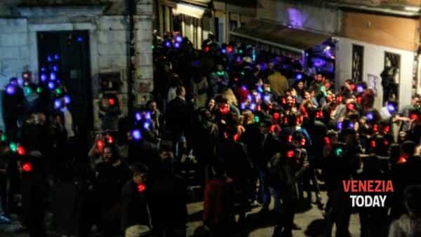 Silentdisco night at Chet Bar - Campo Santa Margherita