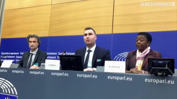 Le proposte per Venezia all'Europarlamento: «Spopolamento e smog vanno combattuti»