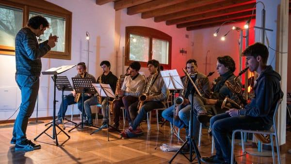 Al teatro comunale di Mirano debutta in concerto la Ubi Jazz Young Band