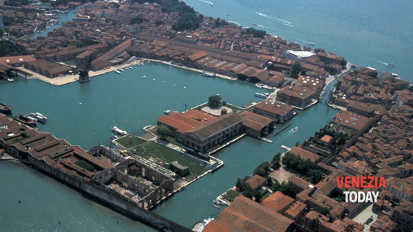 Arsenale sotto le stelle: visite guidate serali all'interno degli antichi cantieri navali