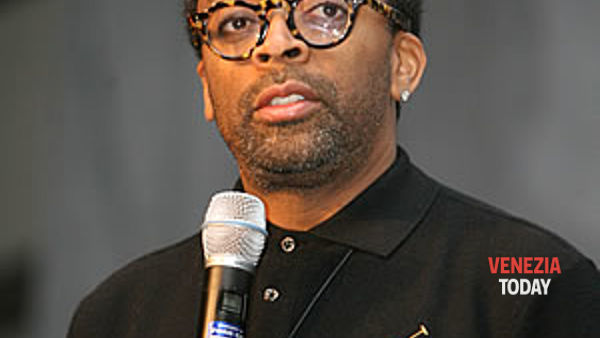 "Mostra Cinema, assegnato a Spike Lee il premio ""Glory to the Filmmaker"""
