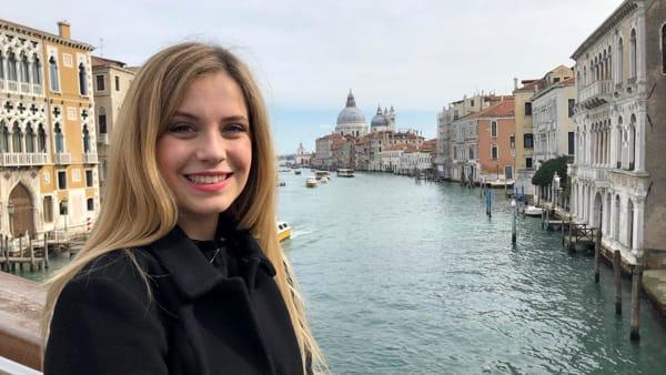 Linda Pani, l'Angelo del Carnevale 2020, si racconta: «Ho realizzato il mio sogno» | VIDEO
