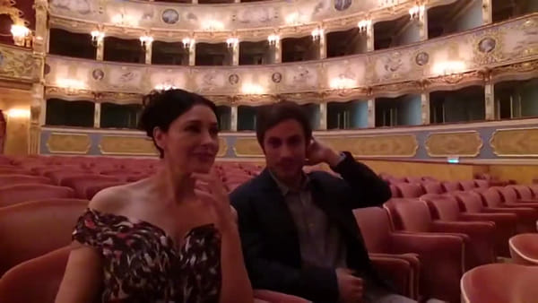 Le riprese di Mozart in the Jungle a La Fenice con Monica Bellucci e Garcia Bernal VD
