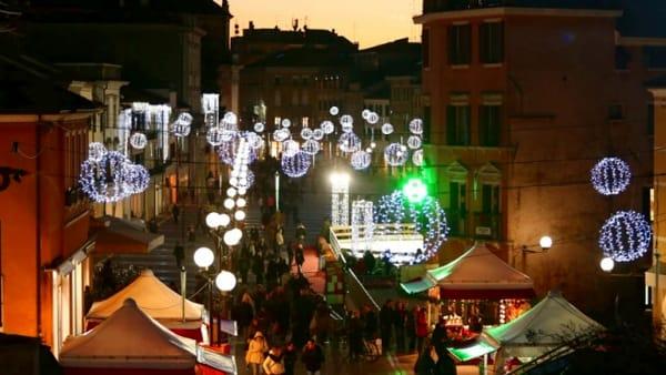 Tornano i mercatini di Natale in Piazza Ferretto, il calendario completo