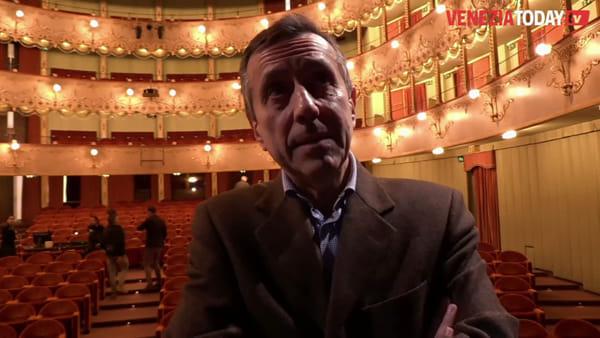 La crisi economica e il tracollo delle banche in scena al Teatro Goldoni | VIDEO