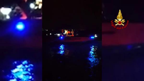 Incidente nautico, motoscafo contro la diga a San Nicoletto VIDEO