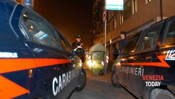 Far west a colpi di spranga in via Piave, gang aggredisce prostituta